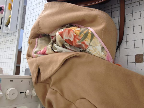 sewing classes in Chicago: tchad: Ying: cashmere: cape: simplicity: 6680: luxurious crumple