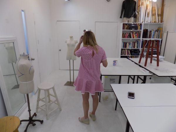 Papercut: saiph tunic: sewing classes in Chicago: Tchad: studio: workroom: New Zealand: Erin: seersucker: unbelted