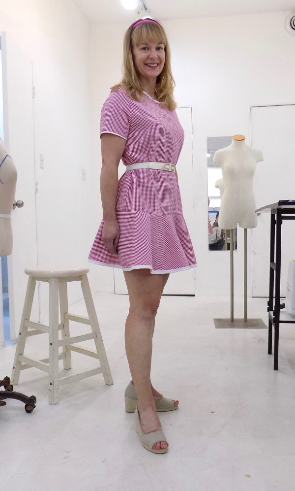 Papercut: saiph tunic: sewing classes in Chicago: Tchad: studio: workroom: New Zealand: Erin: seersucker: belted