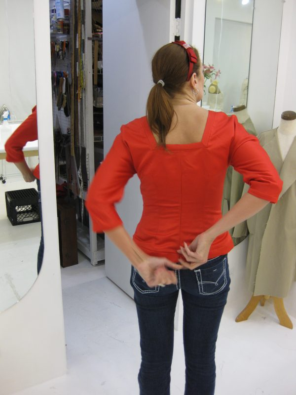Sewing classes in chicago: tchad: workroom: studio: Debbie permoda: butterick 5557: back view #2