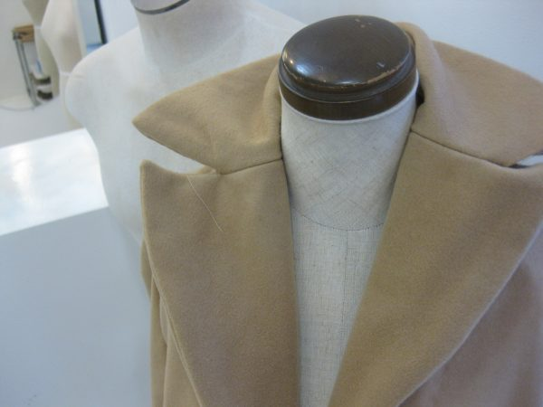 sewing classes in Chicago: tchad: Ying: cashmere: cape: simplicity: 6680: collar detail