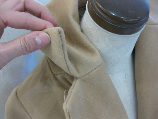 sewing classes in Chicago: tchad: Ying: cashmere: cape: simplicity: 6680: gorge detail