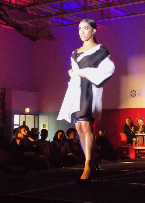 Sewing classes in Chicago: Jiorg Dail: George Mosley: Tchad: Elliott: Kenwood Fashion Show: black and white coat