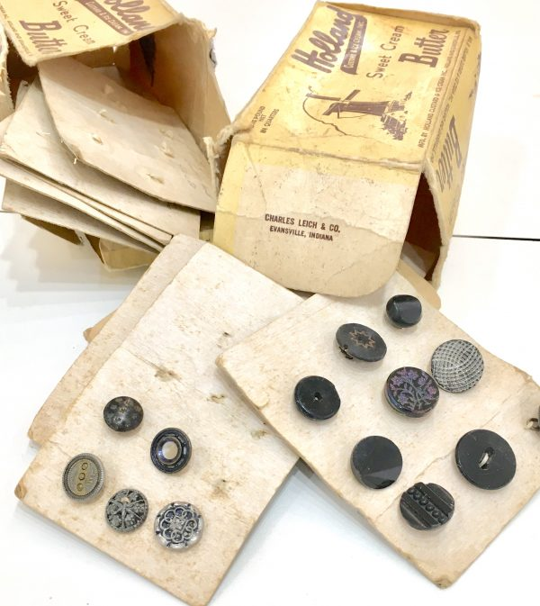 Sewing classes in Chicago: Tchad: Workroom: Sewing Studio: Antique Buttons: Card: Butter