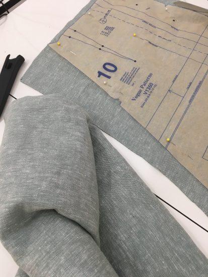 sewing classes in Chicago | Tchad | Oak Fabric | Linen | Robert Kaufman | vogue #1350